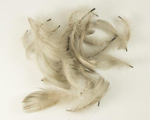 Askaretta Teemat Paasiainen Höyhen Harmaa 6086